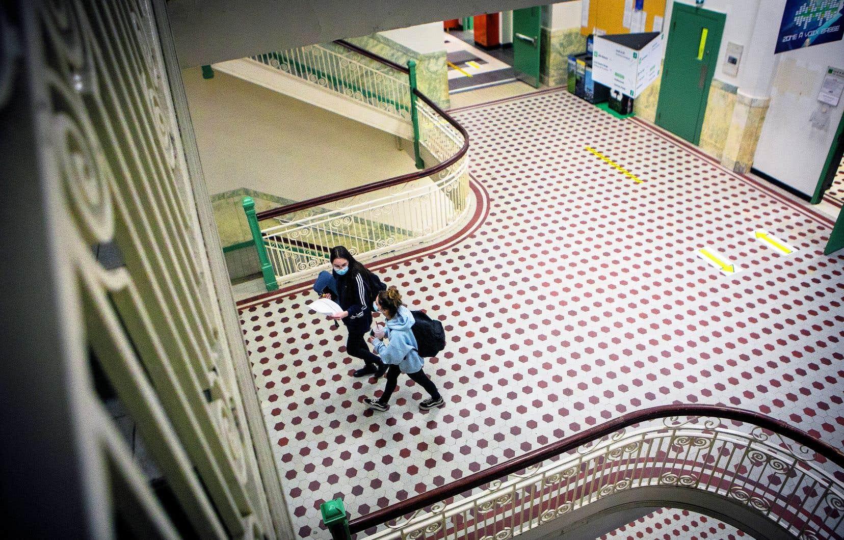 Le cégep Lionel-Groulx, à Sainte-Thérèse