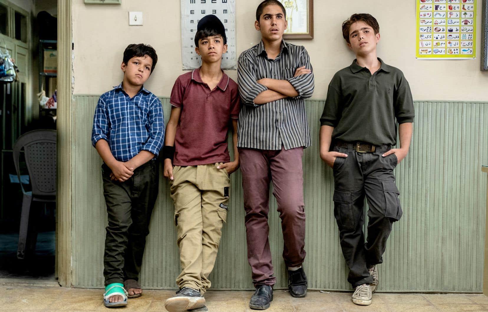 La force de ce long métrage repose sur le réalisme de ses images. «Sun Children» a été tourné dans des décors naturels, y compris pour les séquences dans le métro de Téhéran.