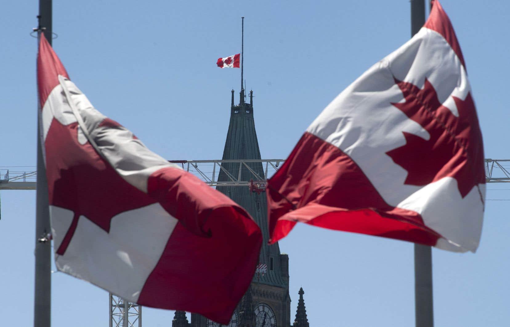 «Si nous ne pouvons pas ramener ceux que nous avons perdus, nous pouvons faire connaître la vérité sur les torts qu'ils ont subis — et nous le ferons. Nous honorerons à jamais leur mémoire», a assuréJustin Trudeau.