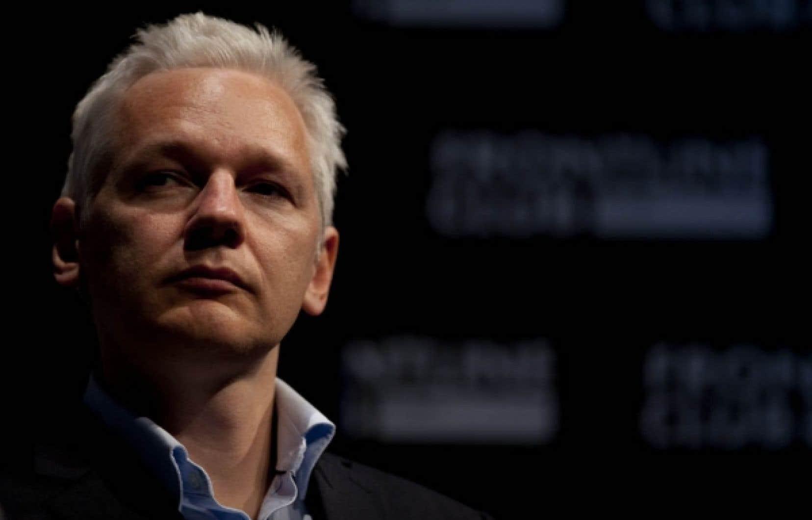 Le site WikiLeaks, fondé par l'Australien Julian Assange, s'est rendu mondialement célèbre l'an dernier en publiant des documents classés sur les guerres d'Irak et d'Afghanistan. Visa et Mastercard avaient suspendu la possibilité de faire des dons par leur canal à WikiLeaks début décembre 2010.<br />