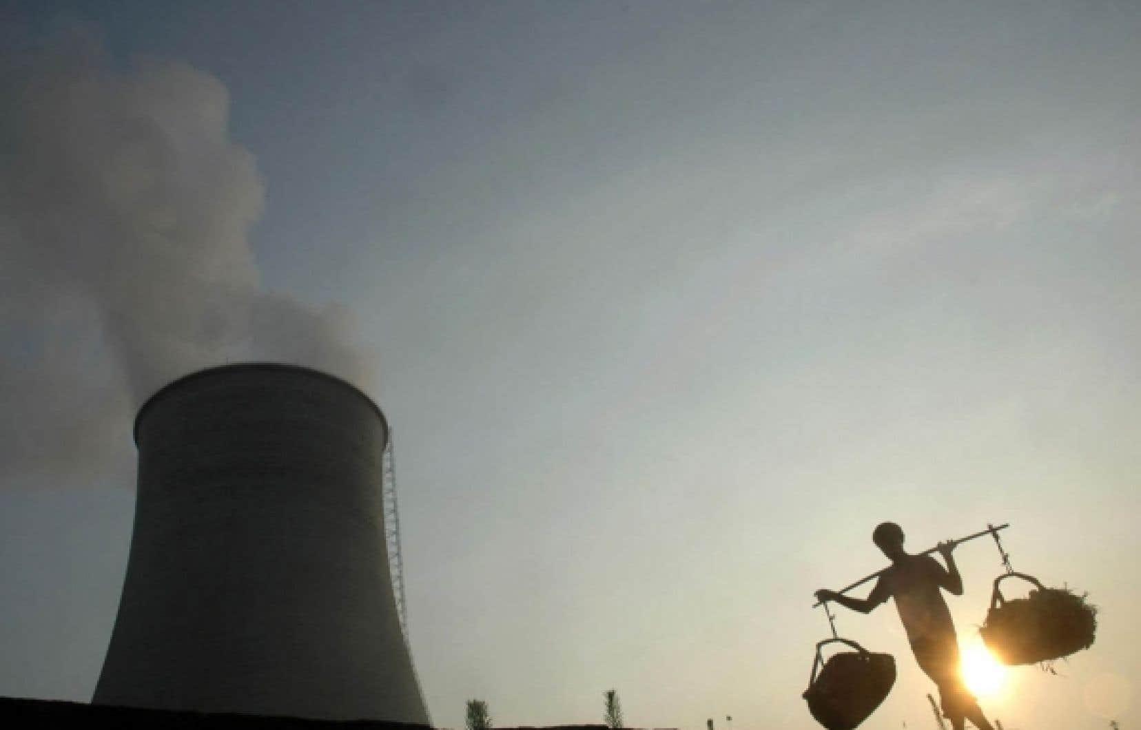Le Canada a vendu deux réacteurs CANDU à la Chine en 1996.<br />