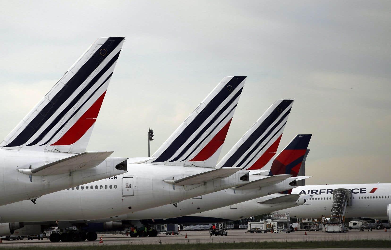 Comme la plupart des compagnies aériennes, Air France a dû remiser une grande partie de ses appareils, jusqu'à 80% de sa flotte au plus fort de la crise sanitaire.