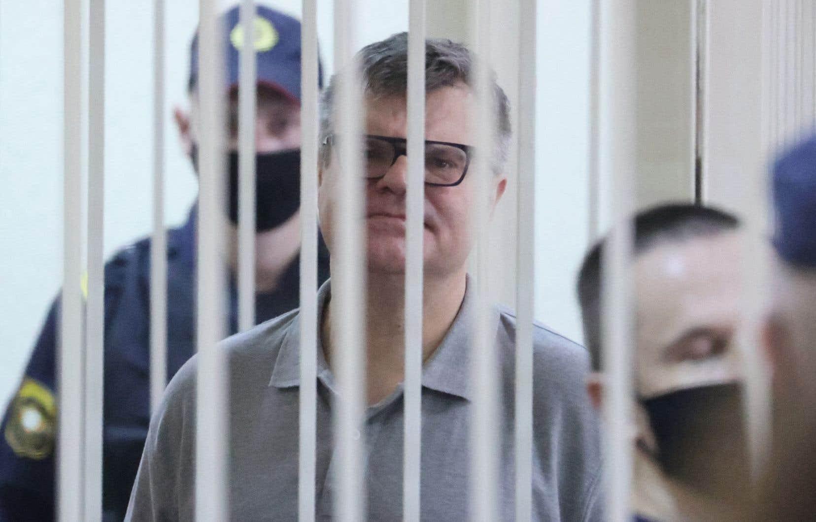 L'opposant a été condamné pour avoir reçu des pots-de-vin «en quantité importante» et pour blanchiment d'argent, selon l'ONG biélorusse Viasna.