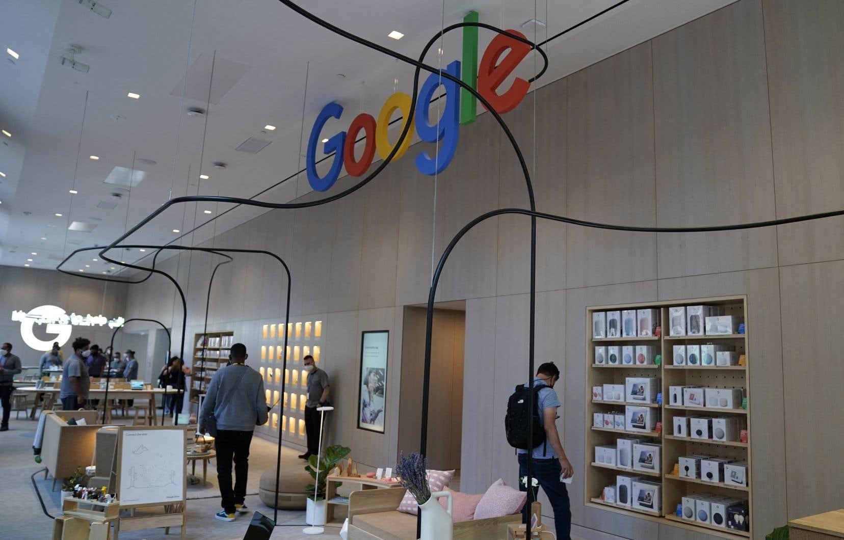 La maison mère de Google a réalisé 55,3milliards de dollars de chiffre d'affaires au premier trimestre 2021, majoritairement grâce à la publicité en ligne.