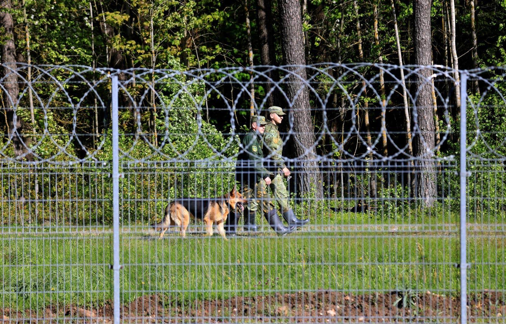 Les gardes-frontières lituaniens ont annoncé vendredi avoir appréhendé 37 migrants au cours des 24heures précédentes, portant le nombre total de traversées illégales détectées à plus de 1500 depuis le début de l'année, contre seulement 81 pour l'ensemble de 2020.