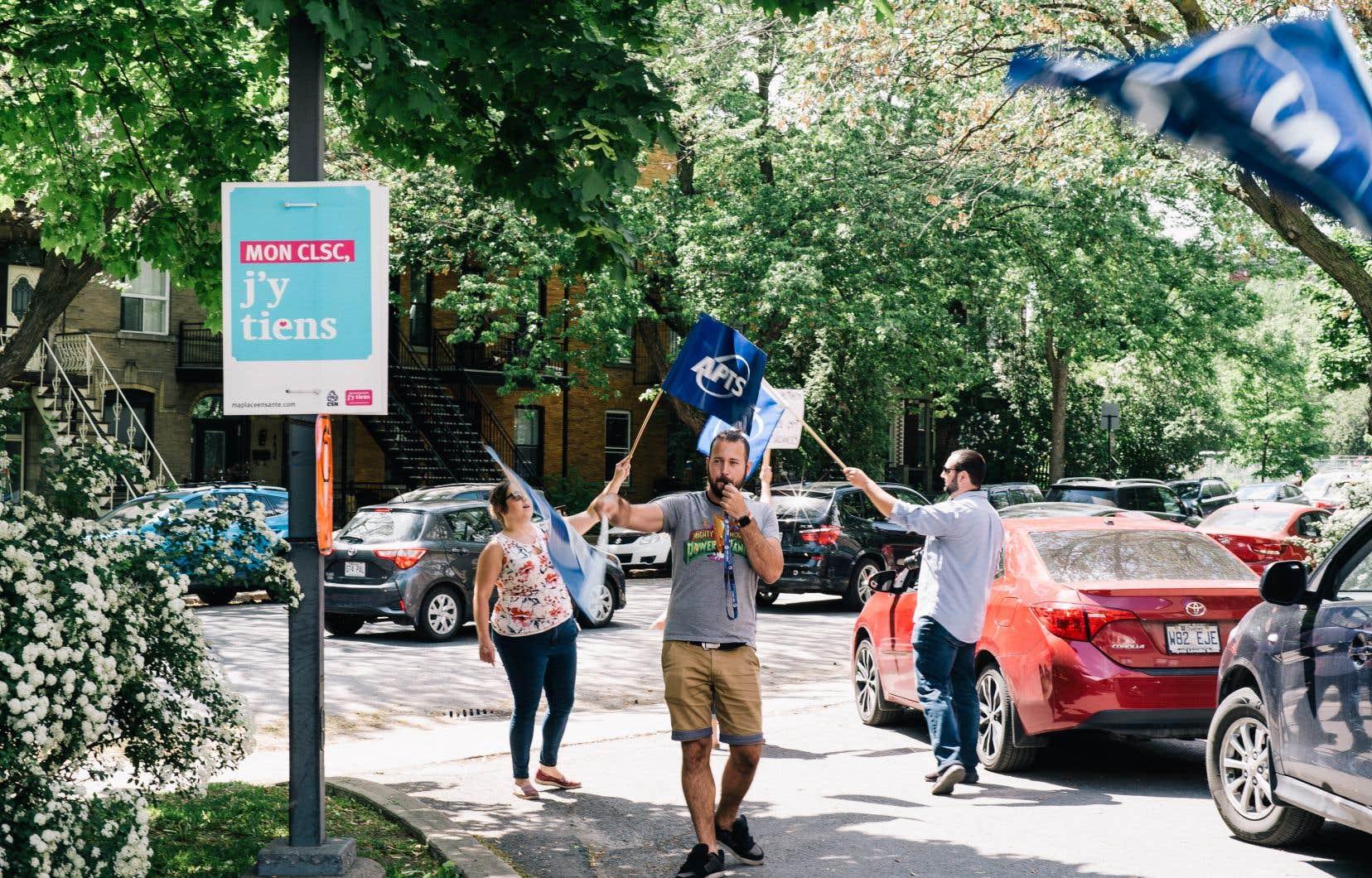 Manifestation du syndicat de l'APTS le 4 juin dernier à Montréal.