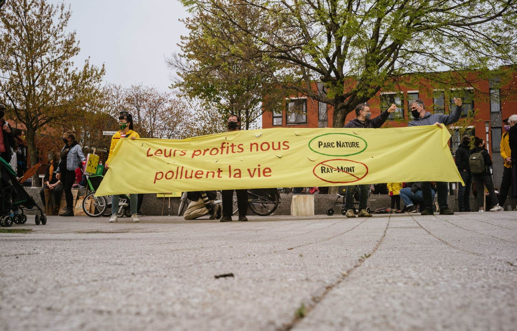 «Nous, de Mercier–Hochelaga-Maisonneuve souhaitons un parc-nature, une zone d'innovation en phytoremédiation et agriculture urbaine», écrit l'autrice.