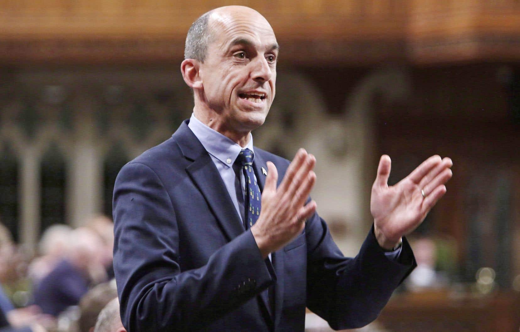 Steven Blaney jouit d'une grande notoriété dans sa circonscription de Bellechasse–Les Etchemins–Lévis, qu'il représente à la Chambre des communes depuis 2006. Il a été élu avec 50% des voix en 2019.