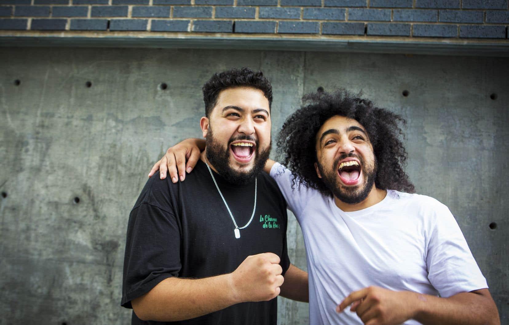 Oussama Fares et Anas Hassouna, tous deux humoristes de 27 ans, sont les têtes d'affiche du «Fishnet Show», présenté au Zoofest, qui s'est amorcé jeudi. Ils coaniment aussi «On est là», un talk-show webdiffusé depuis l'Olympia cet été.
