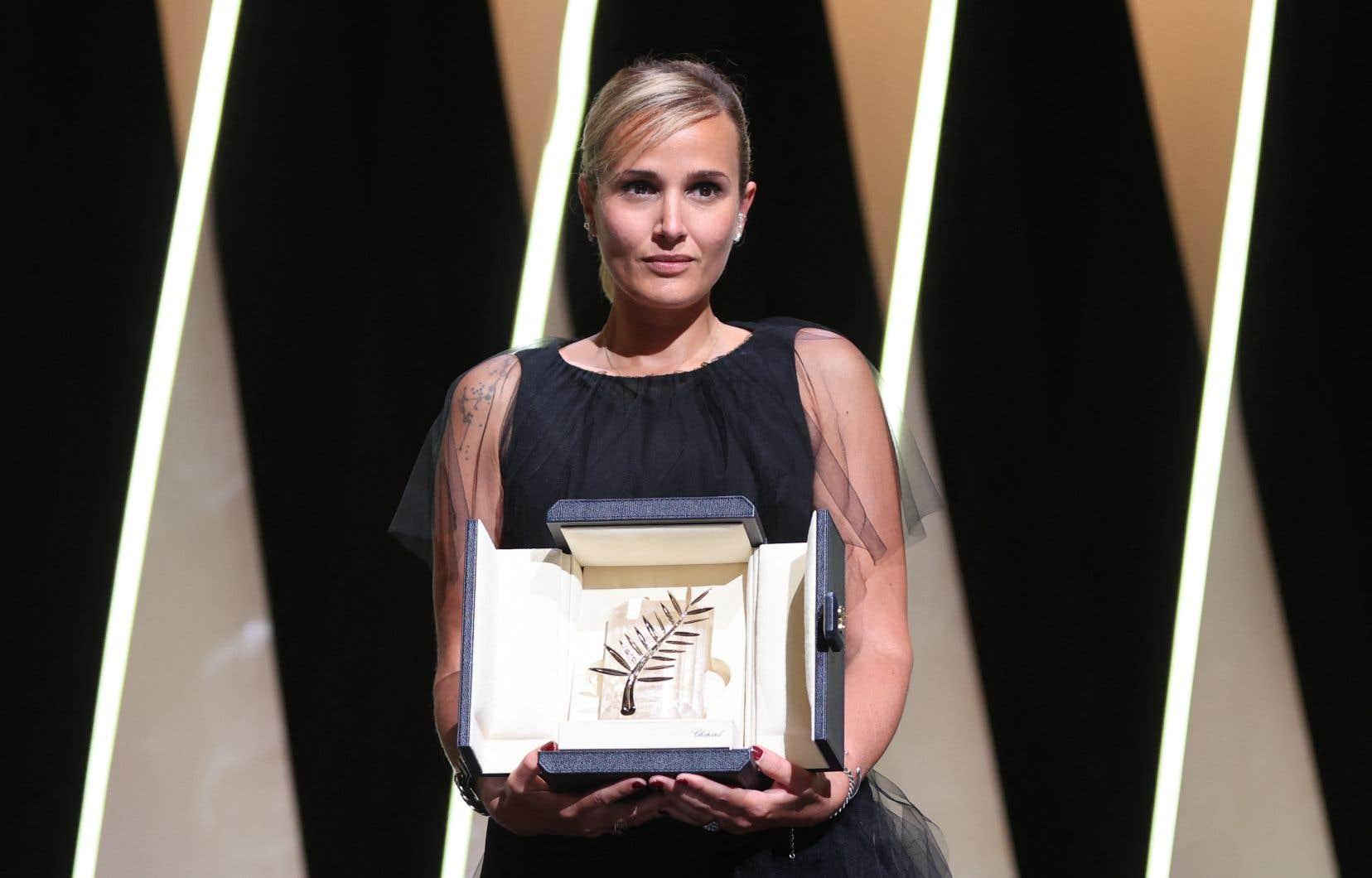 L'électrique «Titane» de la Française Julia Ducournau a remporté samedi soir la prestigieuse Palme d'or au Palais.