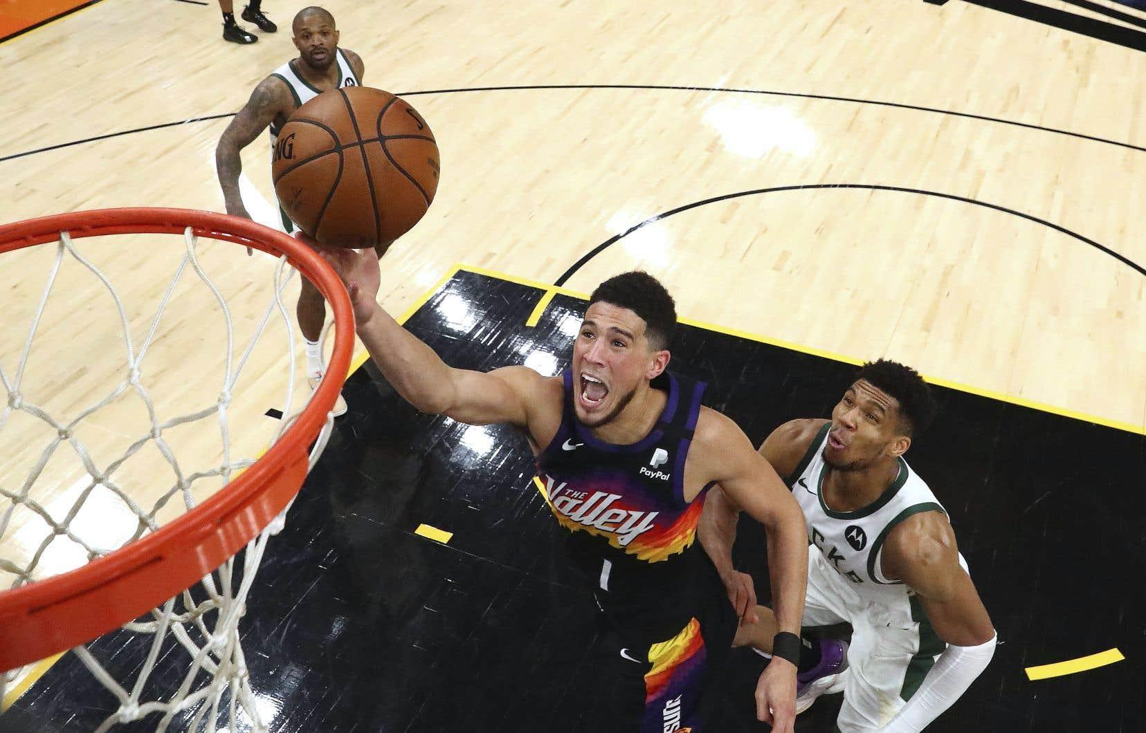 Les Suns ont remporté les deux premiers duels de la série, mais ils ont plié l'échine lors des trois duels subséquents.