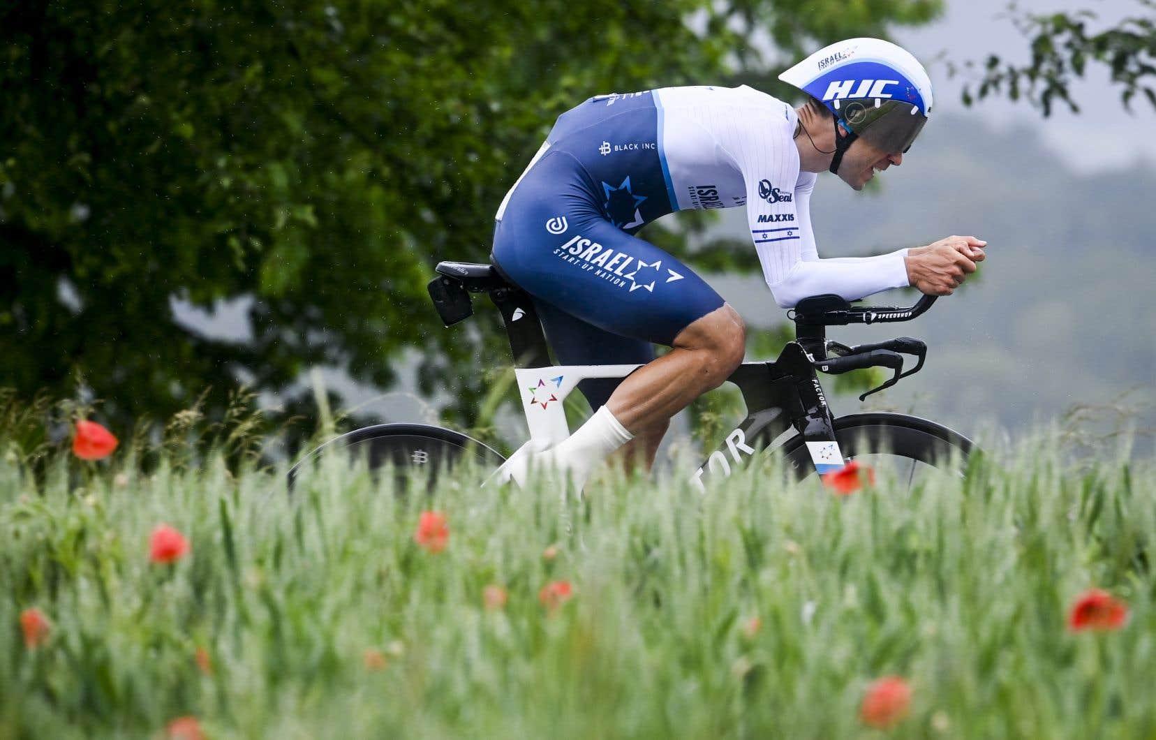 Le cycliste québécois Guillaume Boivin vient tout juste de compléter sa première Grande Boucle en carrière.