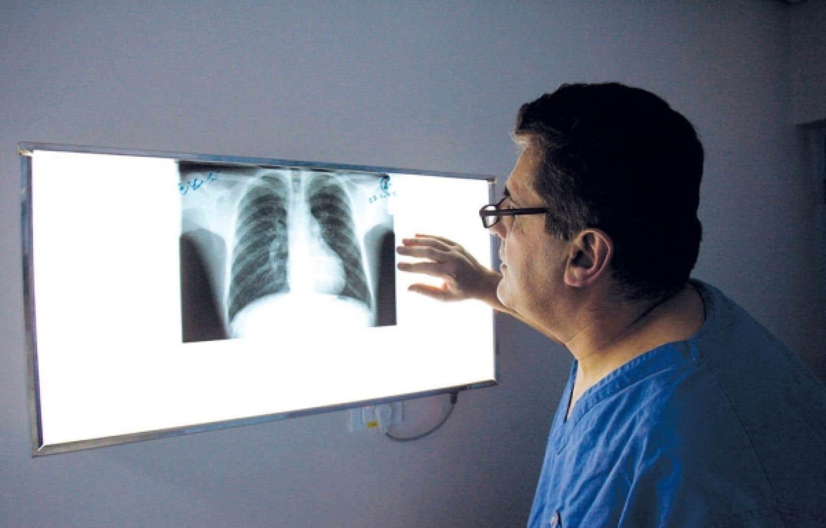 Les Medecins Peinent Encore A Changer De Province De Travail Le Devoir