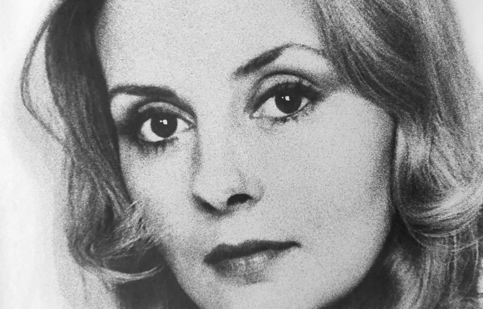 «Cela me semble essentiel que l'on inaugure, sans tarder, à Montréal une place honorant la mémoire de Michèle Lalonde», écrit l'autrice.