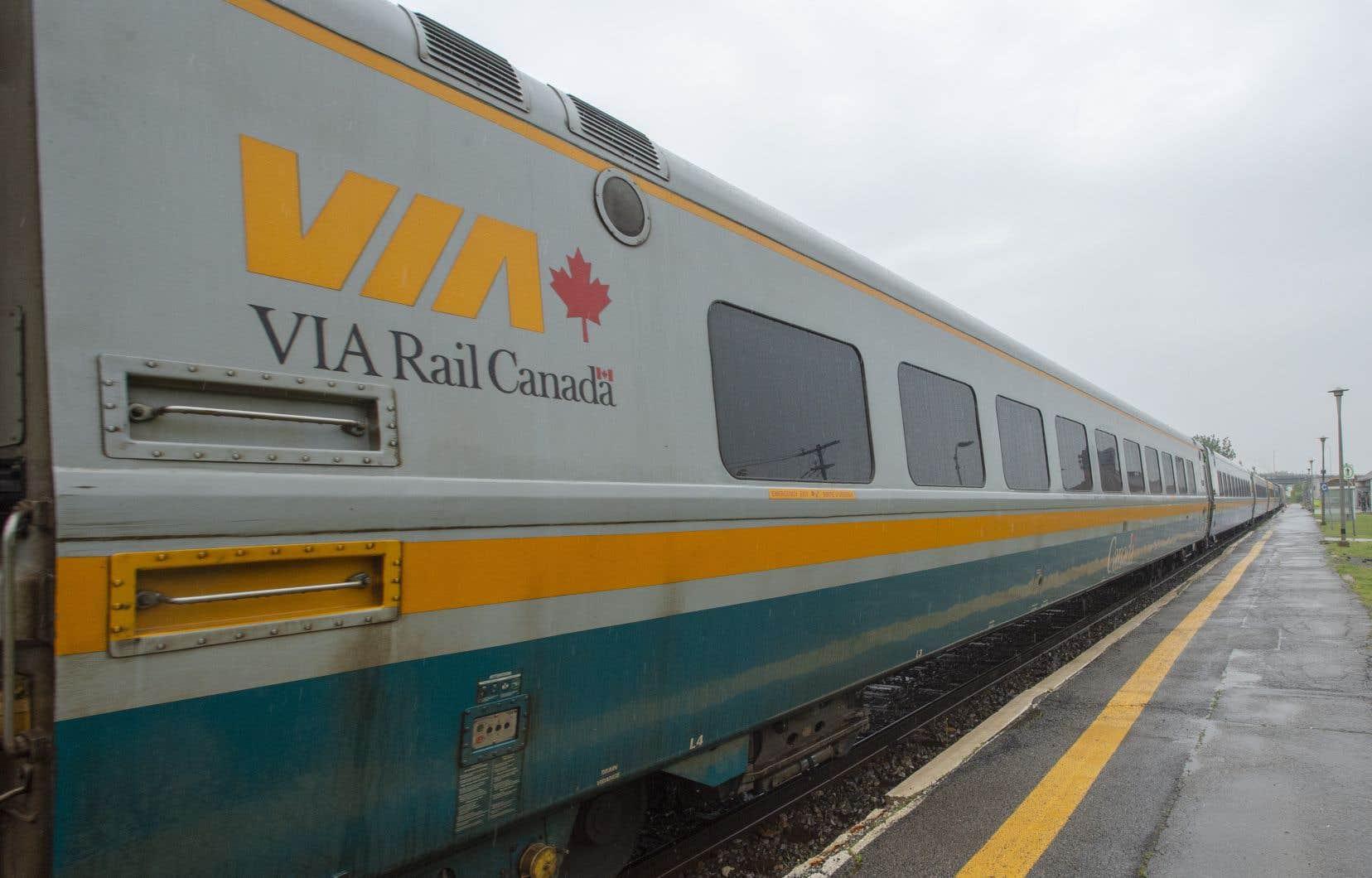 «VIA Rail devrait envisager le partage de l'infrastructure avec des trains régionaux, à l'instar des TER français ou du Regionalbahn en Allemagne», estime l'auteur.
