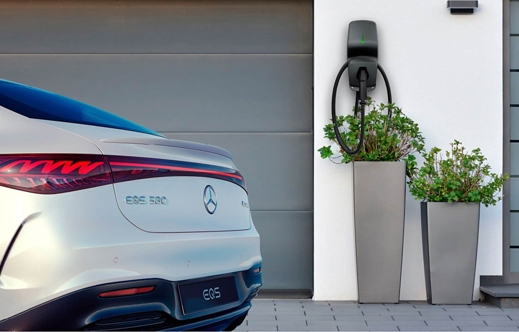 Ce partenariat avec AddÉnergie s'avère le troisième engagement en sol québécois pris en peu de temps par Mercedes-Benz pour assurer l'avenir de ses véhicules.