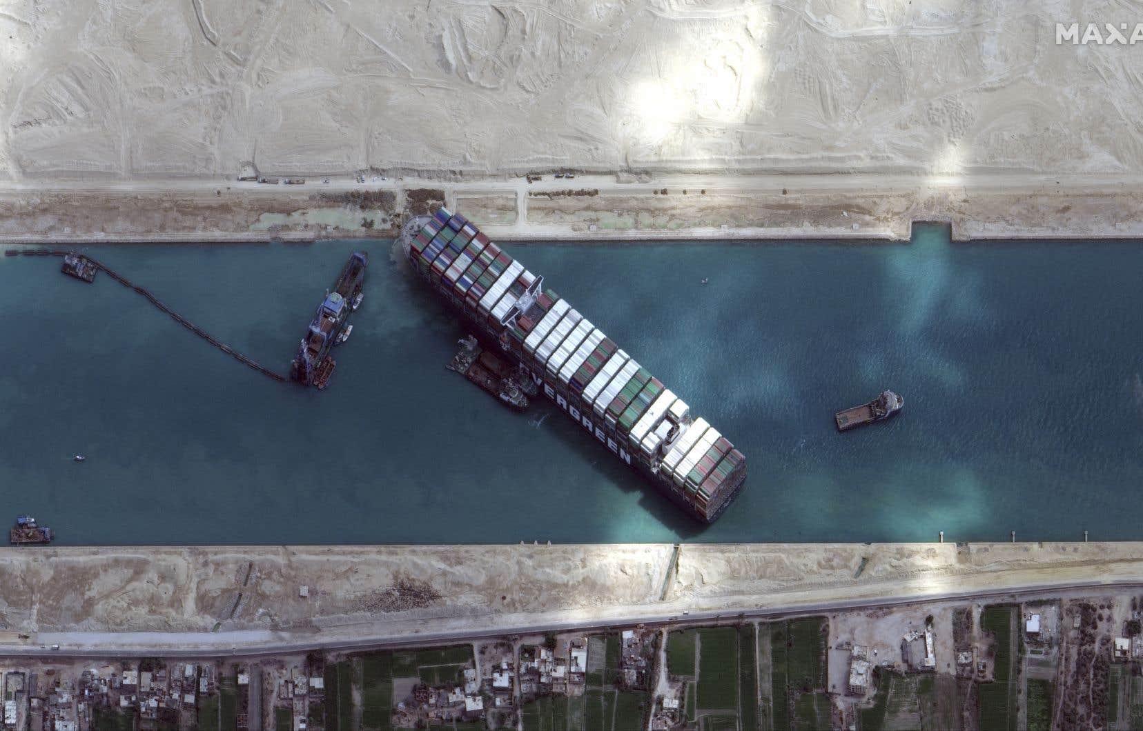 Le navire géant avait bloqué le canal de Suez pendant six jours à la fin du mois de mars.