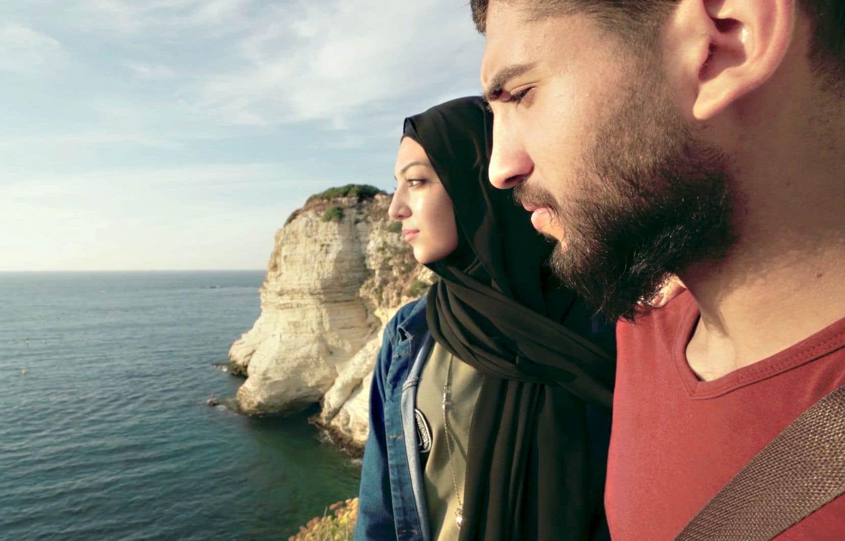 Ce chapitre, baptisé «Liban, la vie jusqu'à la lie», épouse une forme documentaire chorale, multipliant les points de vue, à Beyrouth, mais aussi en campagne, chez les nantis comme les désargentés.