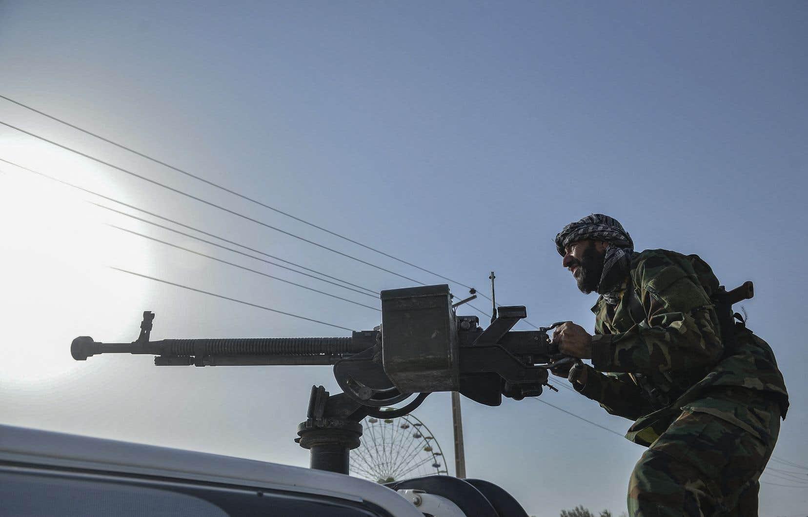 La zone où se trouve les bureaux de l'ONU était le théâtre vendredi d'intenses combats entre forces afghanes et talibans.