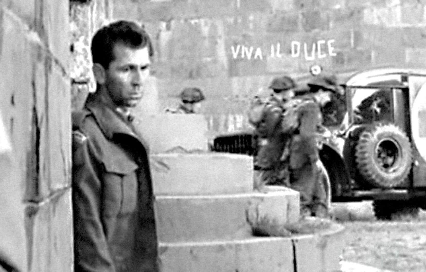 En 1943, parmi les soldats du Royal 22e Régiment, Marcel (Aimé Major, sur qui le film repose) participe à la campagne d'Italie, dont l'objectif est de faire reculer les troupes allemandes, du sud vers le nord.
