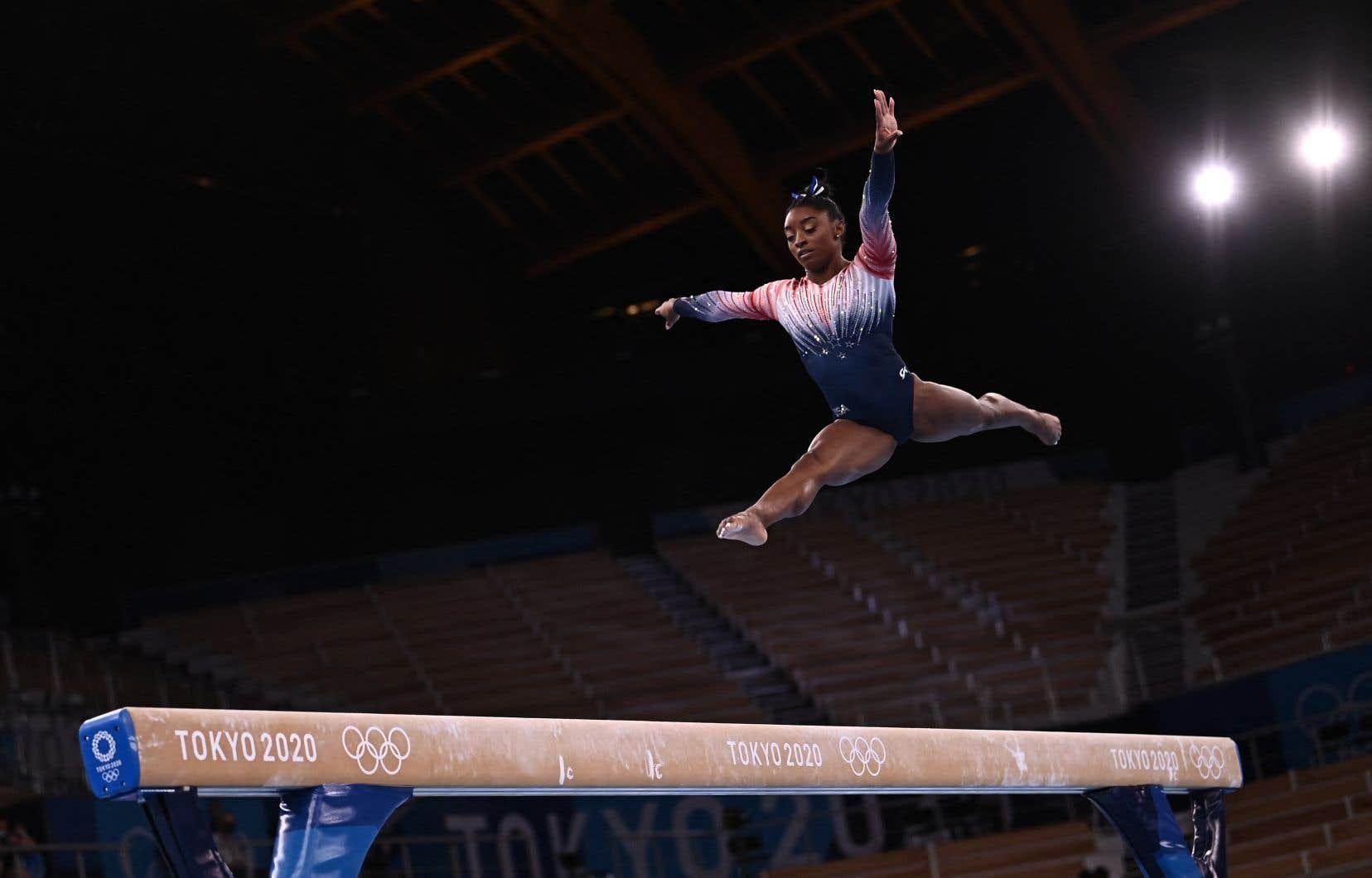 Simone Biles a gagné mardi une septième médaille olympique en carrière.