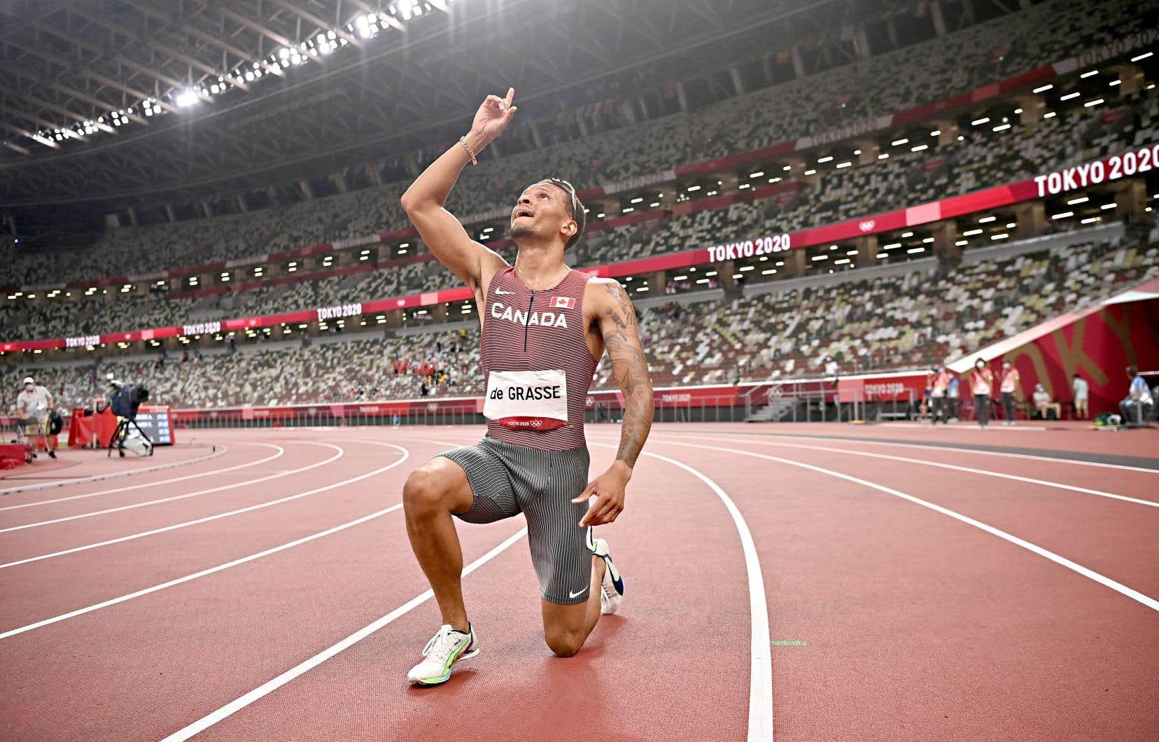 En plus de porter à cinq le total de ses médailles olympiques, le coureur ontarien a inscrit un nouveau record canadien de 19,62 secondes.