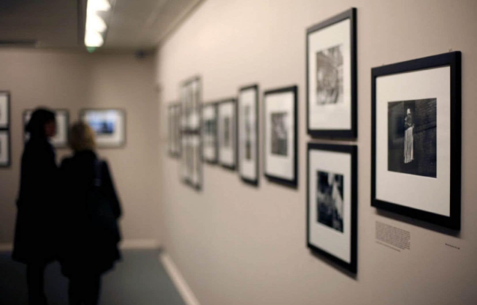 Dans l'imposant catalogue de l'agence Magnum, 50 % des photos environ ne comportent pas de mots-clés. <br />