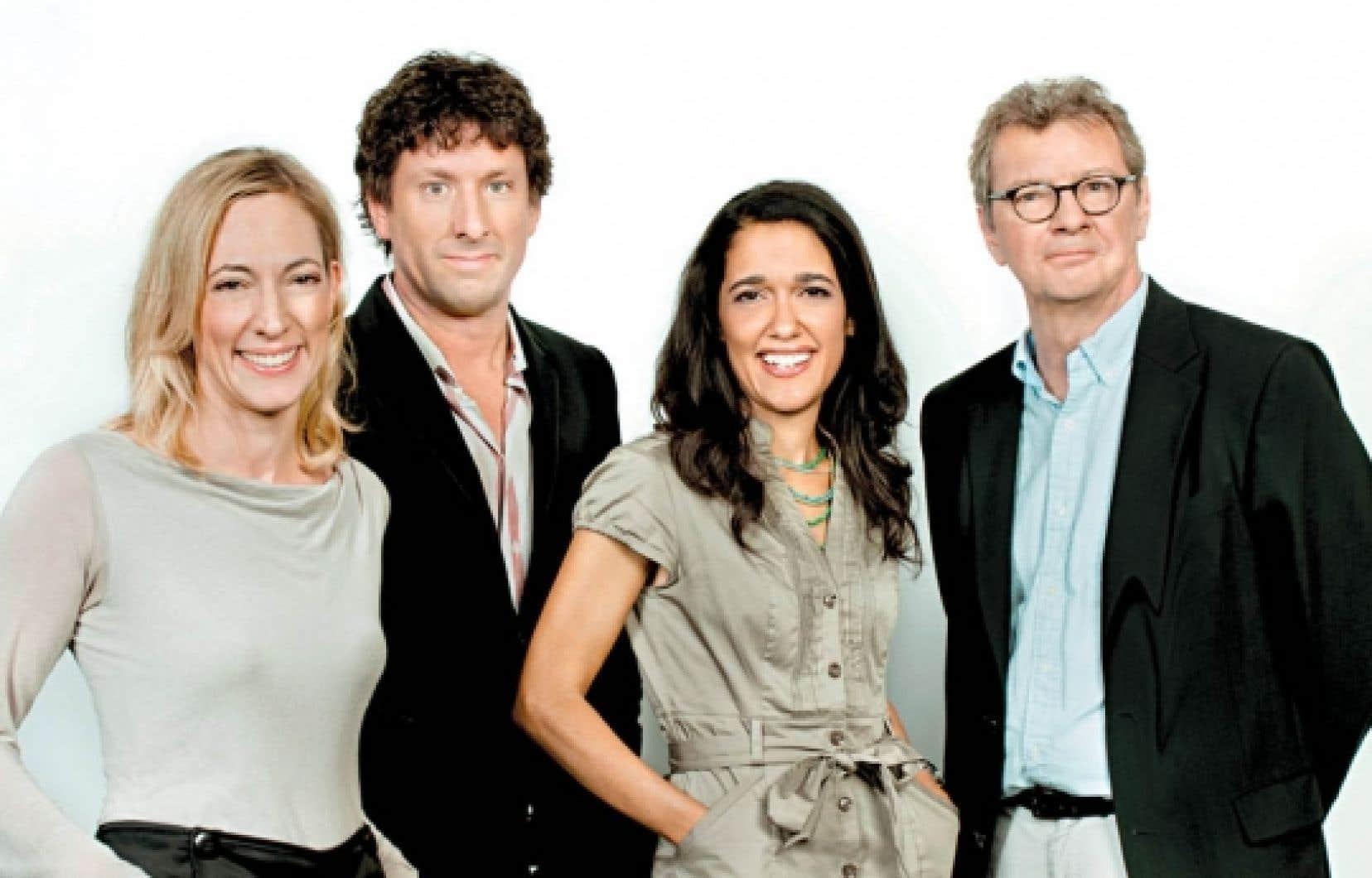 Julie Laferrière, Yves Boisvert, Sophie Fouron et Jacques Bertrand animeront Cliquez, une émission consacrée à Internet.