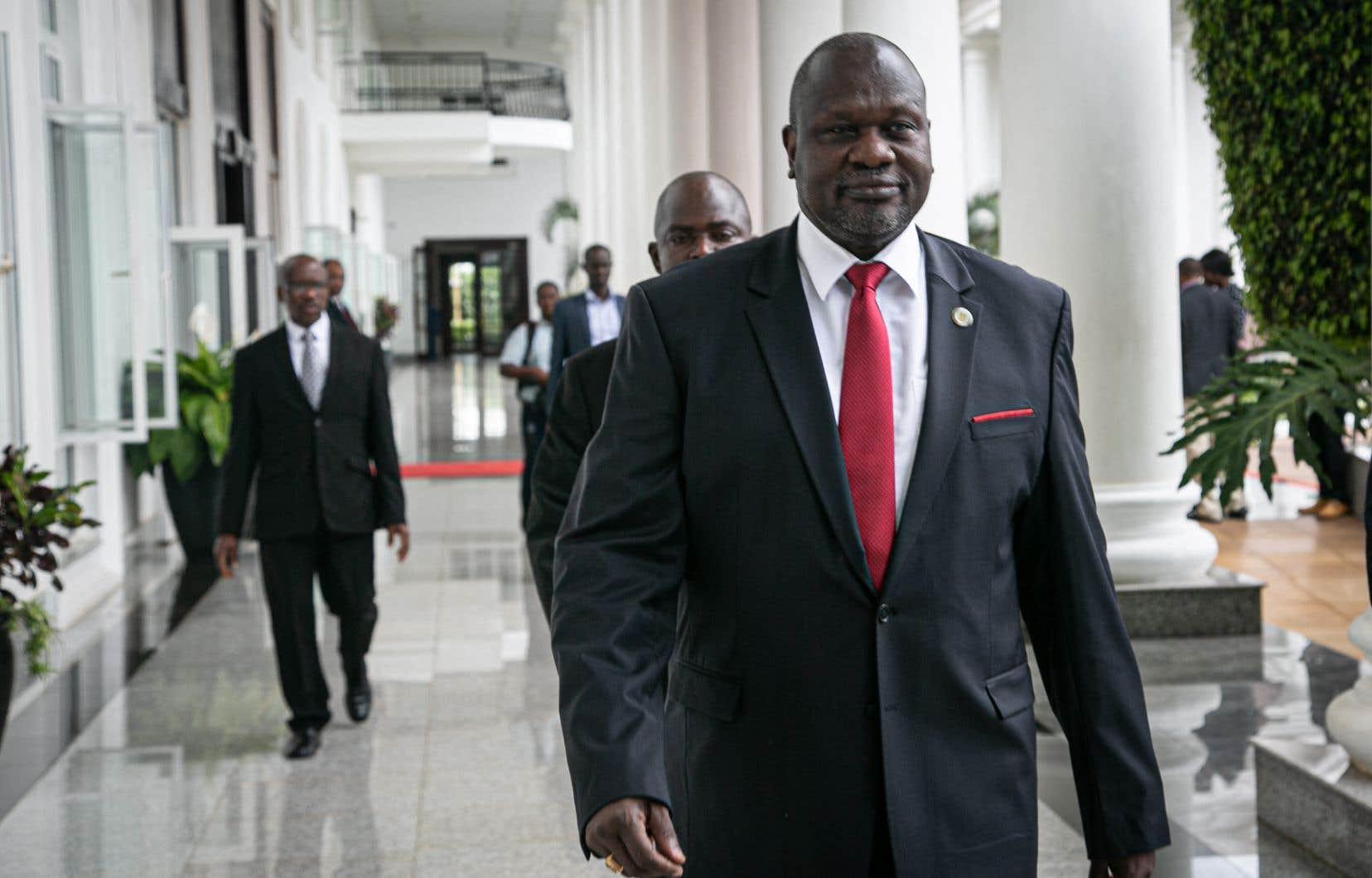 Riek Machar est le principal opposant au président Salva Kiir, opposition qui a mené à une sanglante guerre civile entre 2013 et 2018 et qui a fait près de 400000 morts et des millions de déplacés.