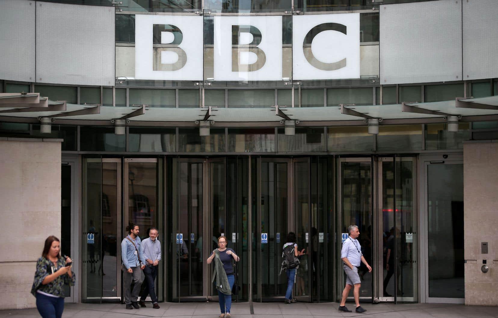 Sur fond de tensions diplomatiques, le diffuseur britannique a dénoncé une «atteinte à la liberté de la presse».