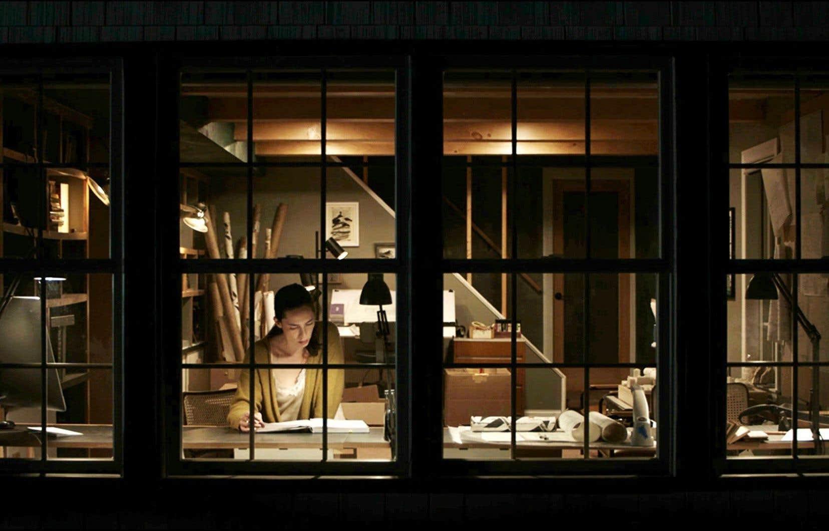 Le long métrage «The Night House» est porté par une composition remarquable de l'actrice Rebecca Hall.