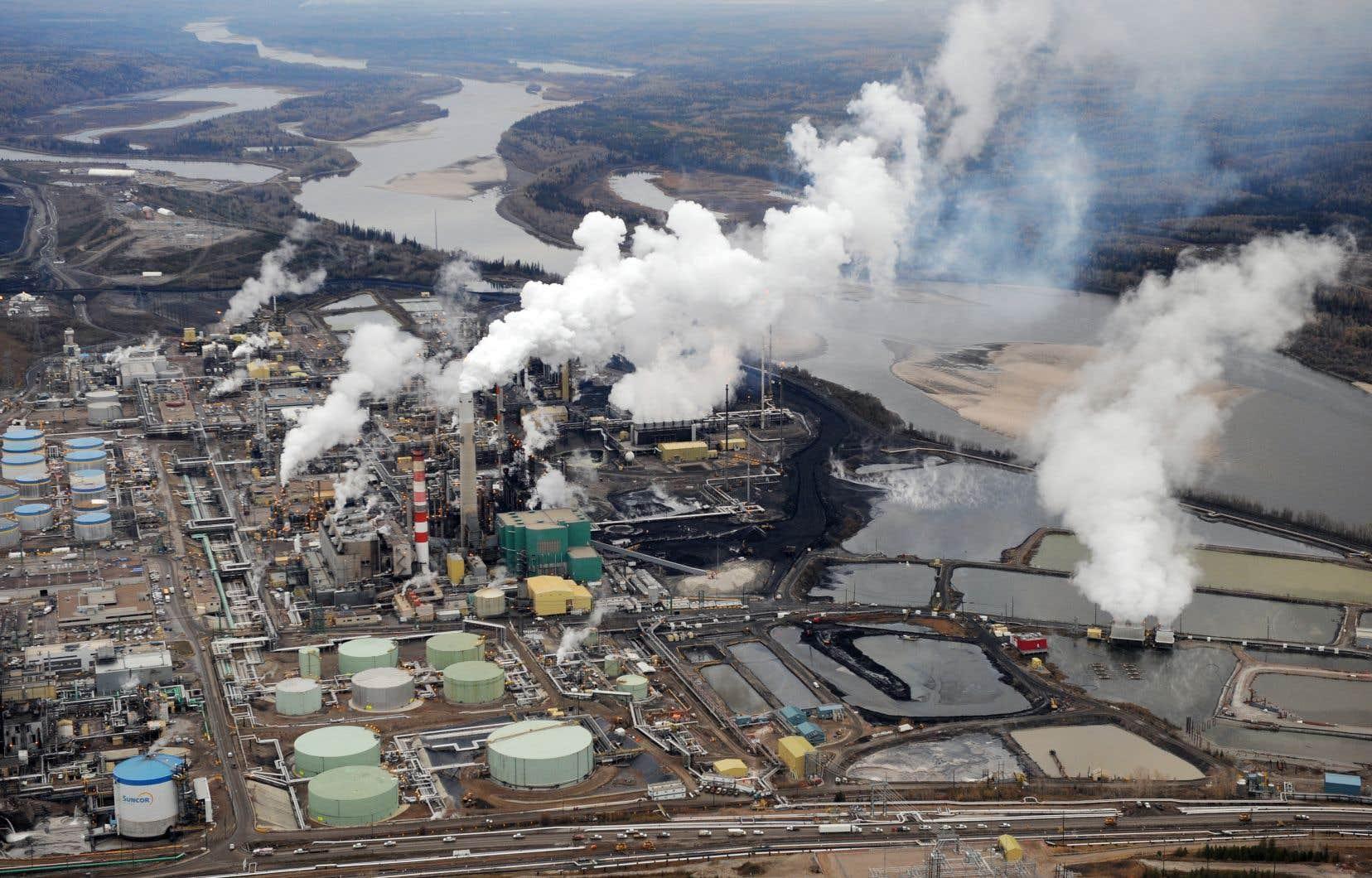 Le Canada produisait 1,7% des émissions mondiales de gaz à effet de serre, calculées en équivalent de CO2, en 2019.
