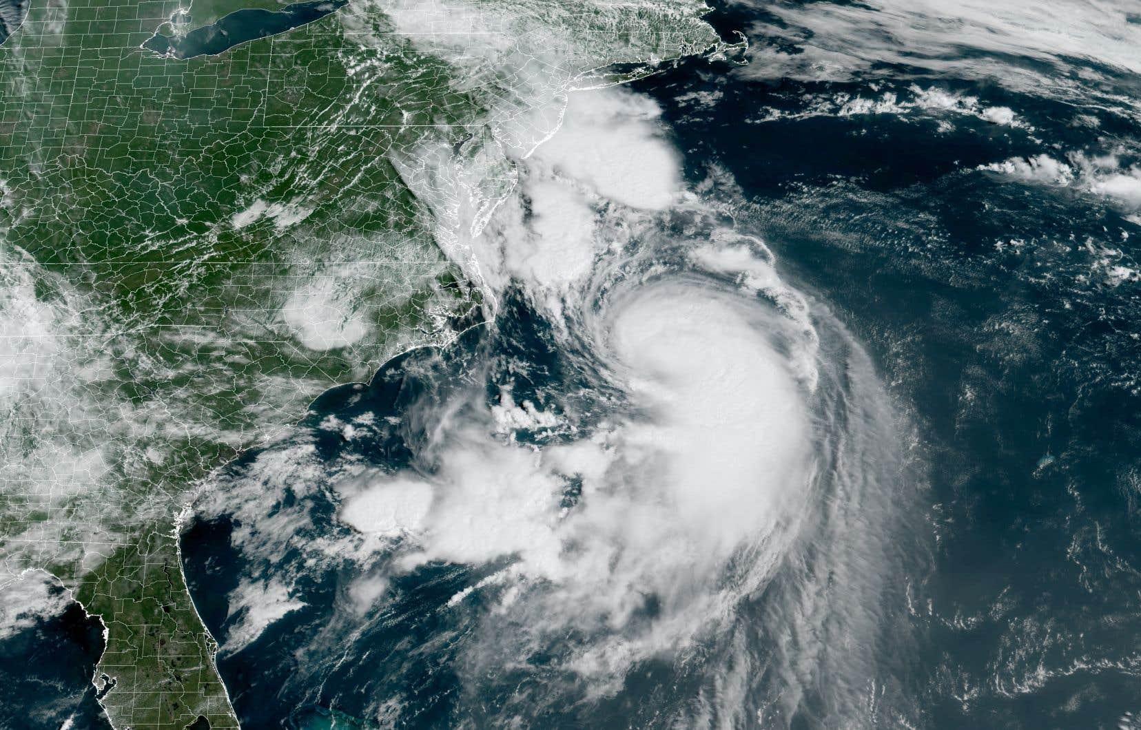L'ouragan pourrait provoquer des coupures de courant affectant 100000 à 300000 habitants.