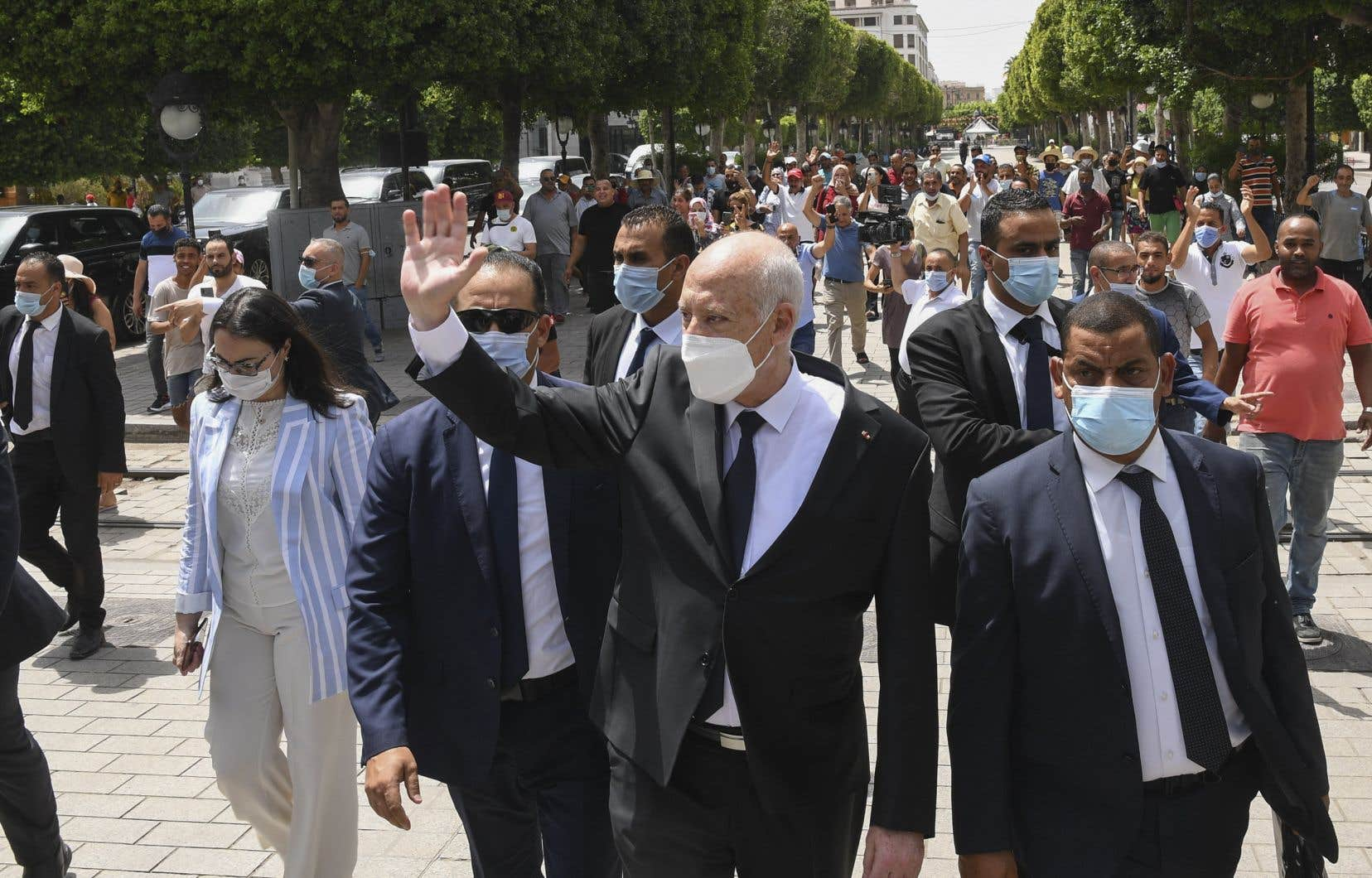 Théoricien du droit, Kais Saied se présente depuis son arrivée au pouvoir en 2019 comme l'interprète ultime de la Constitution.