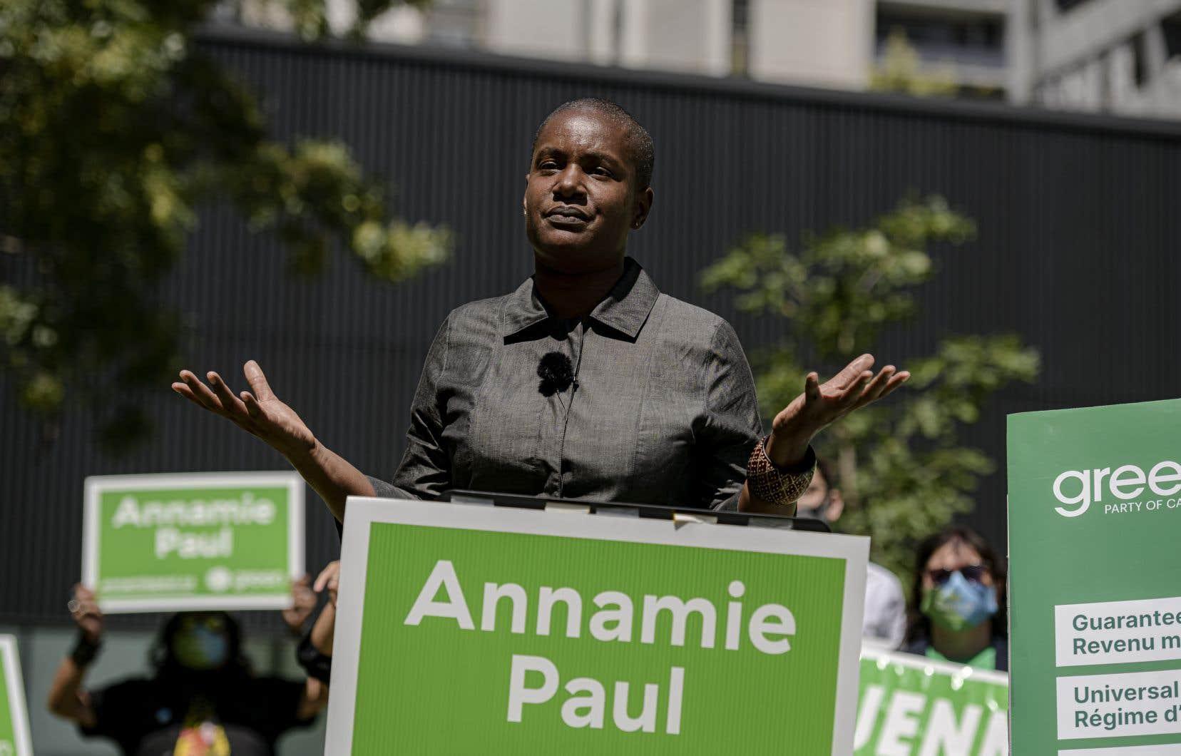 La cheffe des verts croit que la Gendarmerie royale du Canada (GRC) aurait dû offrir un service de sécurité à tous les chefs de parti.
