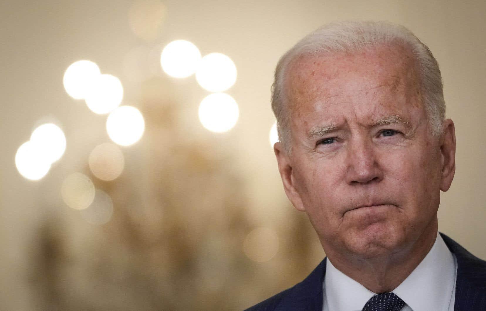 Joe Biden a réitéré jeudi son intention d'évacuer les Américains du sol afghan d'ici la fin du mois.