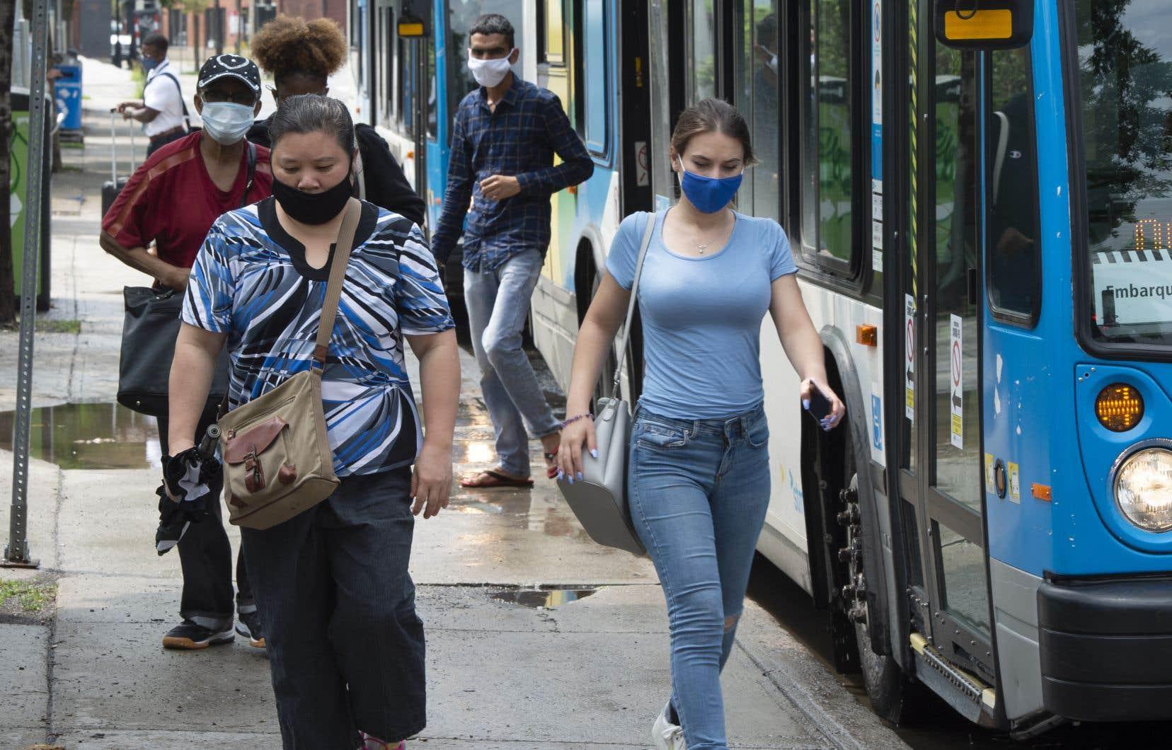 Avec ses projets de voies réservées, la STM souhaite rendre le service d'autobus plus rapide et plus fiable afin d'inciter les Montréalais à opter pour le transport collectif, durement touché par la pandémie.