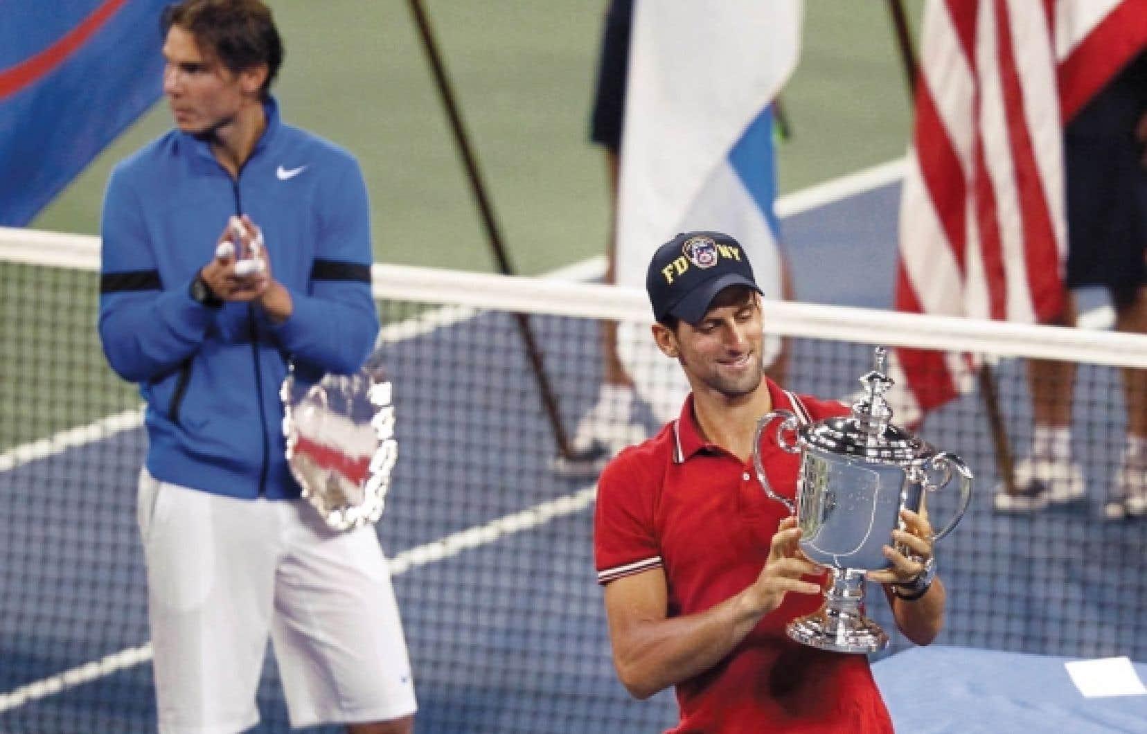 Le no 1 mondial, Novak Djokovic, a remporté son troisième titre du Grand Chelem de la saison en battant hier en finale de l'US Open Rafael Nadal (no 2), qui était tenant du titre.