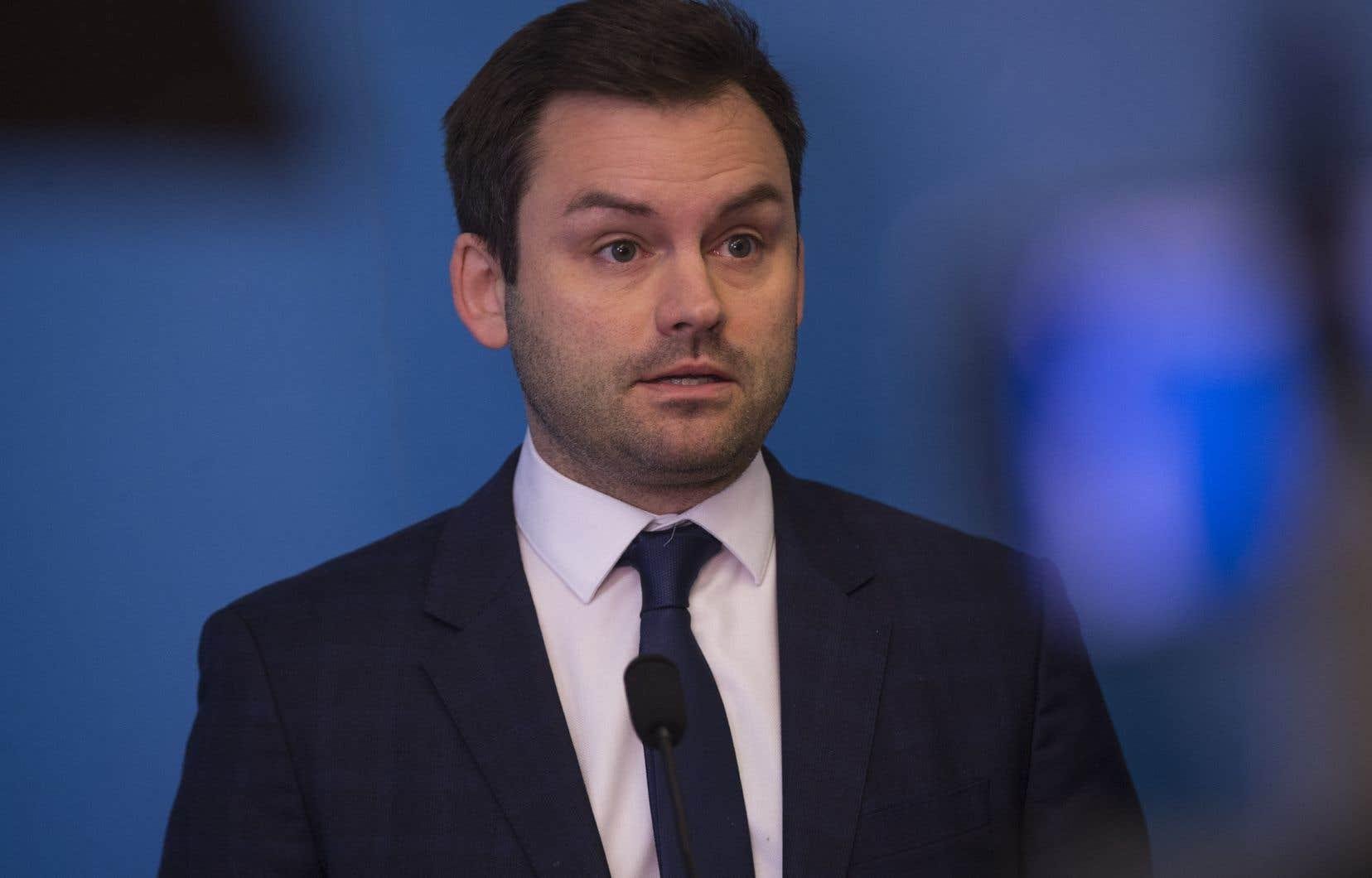 À la fin de la dernière session, en juin, Paul St-Pierre Plamondon a prévu «un choc des titans, un choc de vision du Québec» au parlement cet automne.