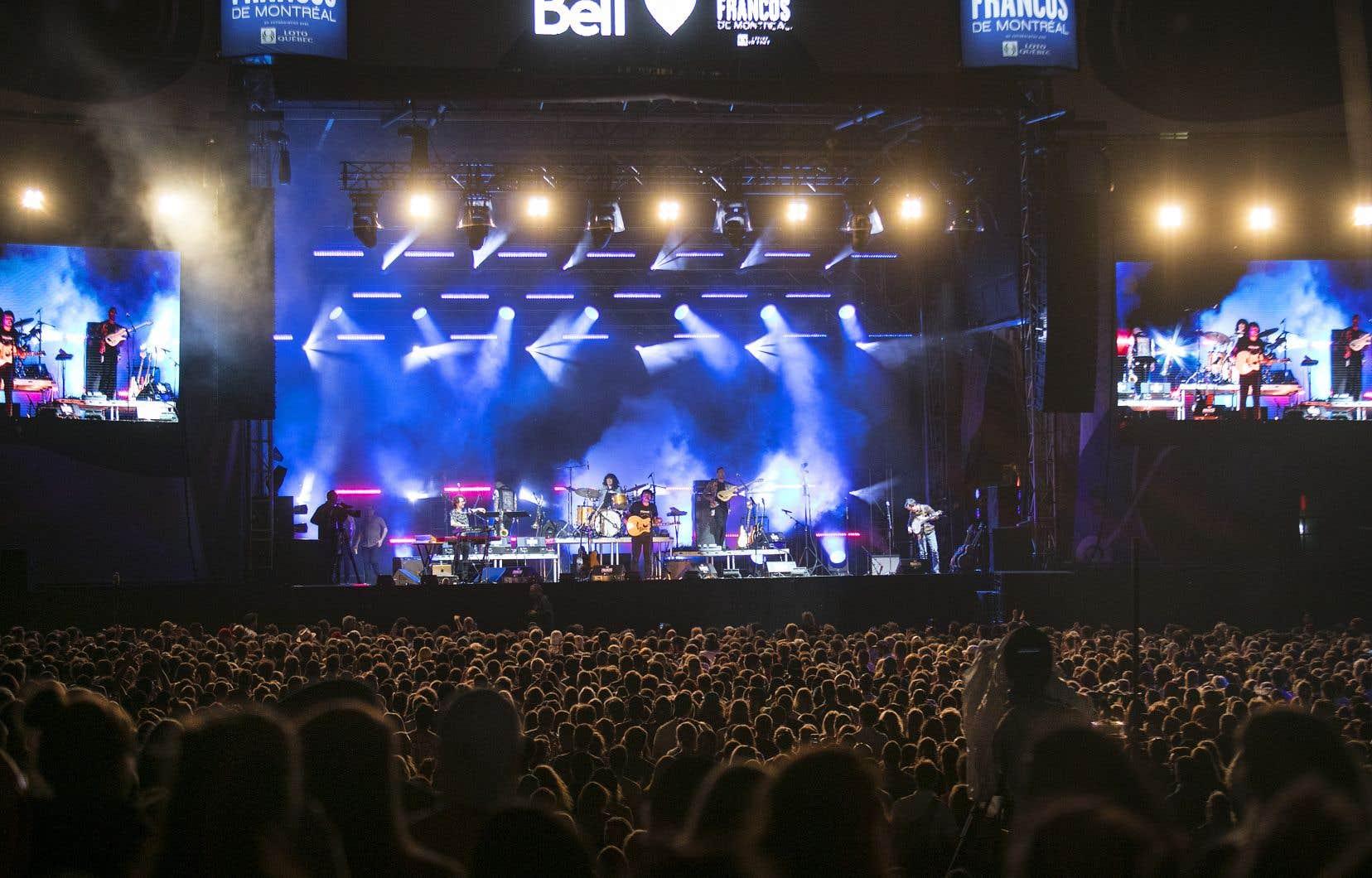 Le concert devait réunir près d'une dizaine d'artistes. Radio-Canada mentionne que ce rendez-vous musical est reporté au 16septembre.
