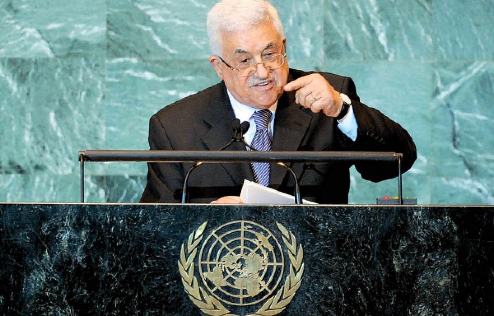 Mahmoud Abbas a solennellement expos&eacute; hier la demande d&rsquo;adh&eacute;sion de la Palestine &agrave; l&rsquo;Organisation des Nations unies, demande jug&eacute;e pr&eacute;matur&eacute;e par le premier ministre d&rsquo;Isra&euml;l, Benjamin N&eacute;tanyahou.<br />