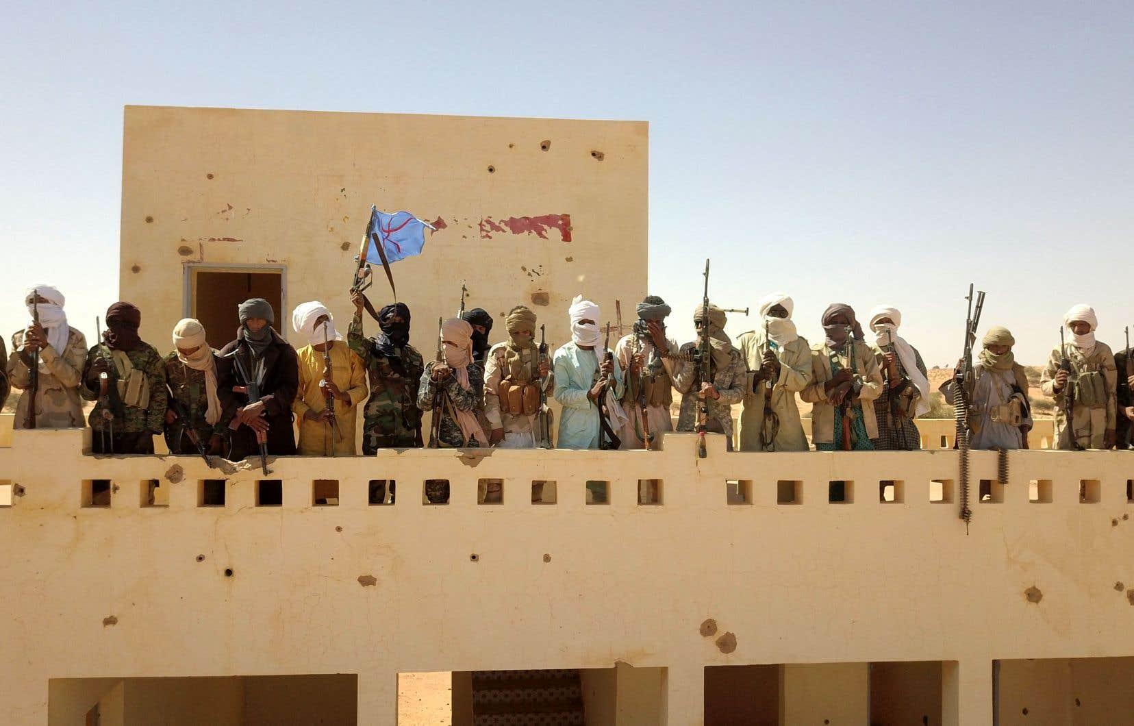 «L'Occident projette ses propres peurs en Afghanistan ou au Sahel et n'est pas assez à l'écoute des angoisses des populations de ces régions du monde», selon lejournaliste Ousmane Ndiaye.