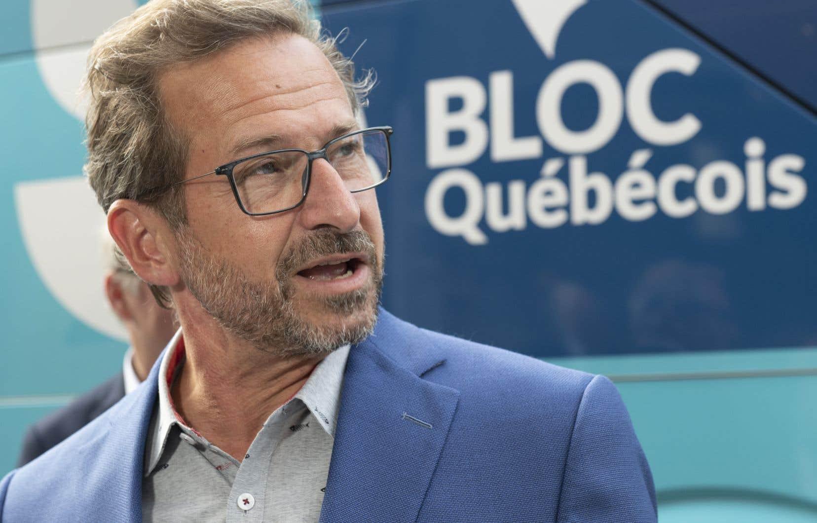 Selon Yves-François Blanchet, le chef libéral frappe sur le Québec pour séduire les électeurs du reste du Canada.