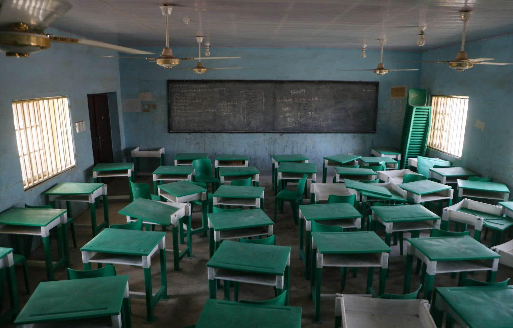 Une salle de classe vide, lors d'un précédent enlèvement d'élèves dans une école de l'État de Zamfara, au Nigeria