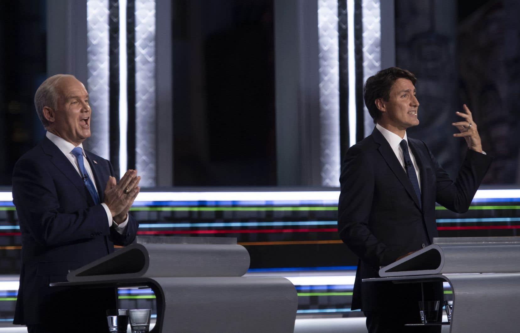Le Parti libéral du Canada et le Parti conservateur du Canada sont à égalité avec 32 pour cent d'appuis chez les personnes qui ont fait leur choix en vue de l'élection.