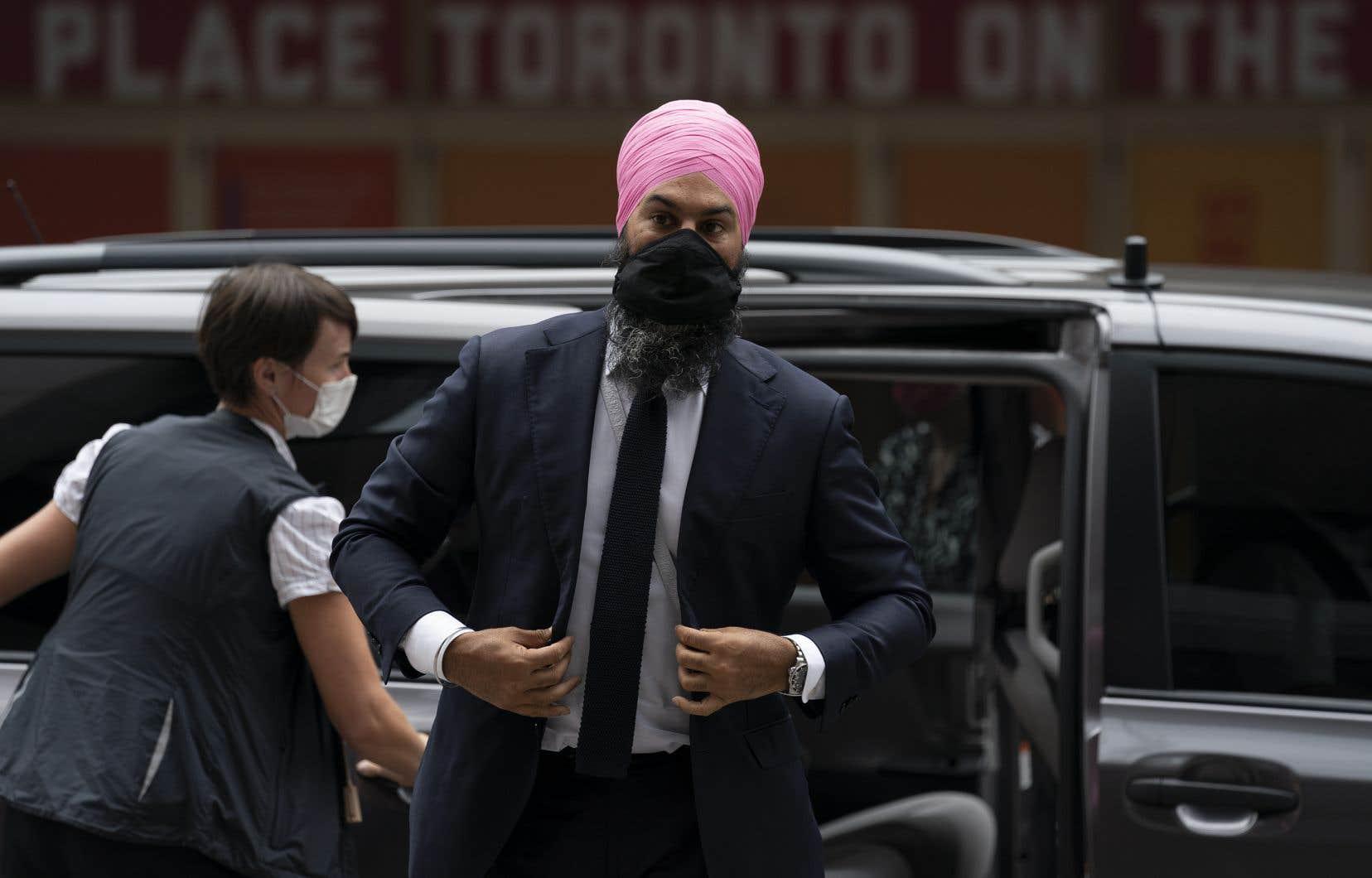 Lors d'une étape de campagne à Toronto, mardi matin, le chef du NPD a admis que c'était une erreur de ne pas répondre à l'invitation des chefs autochtones.