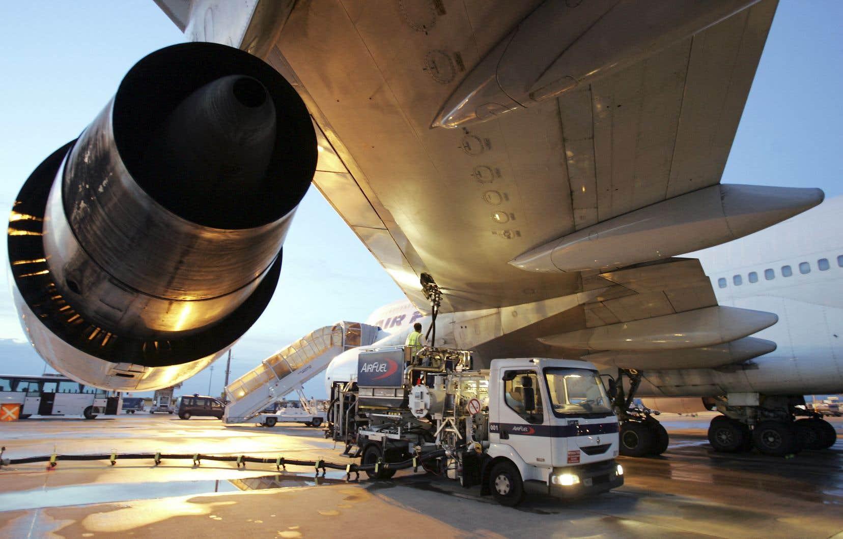Les transporteurs aériens commerciaux sont responsables de 2 à 3% des émissions de gaz à effet de serre sur la planète.