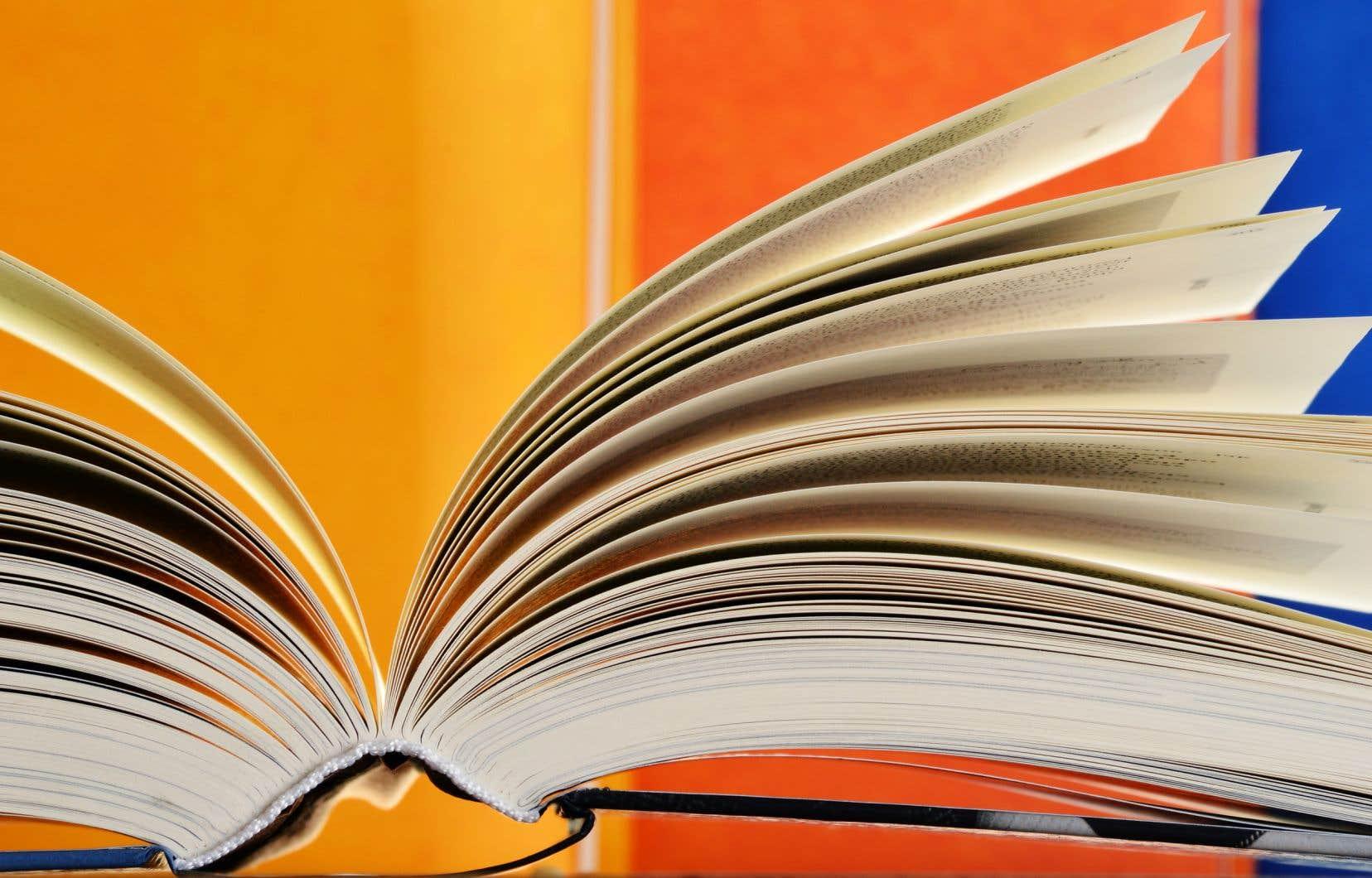 Les six ouvrages ont été sélectionnés par les cinq jurés parmi 158 romans publiés au Royaume-Uni ou en Irlande entre le 1er octobre 2020 et le 30 septembre 2021.