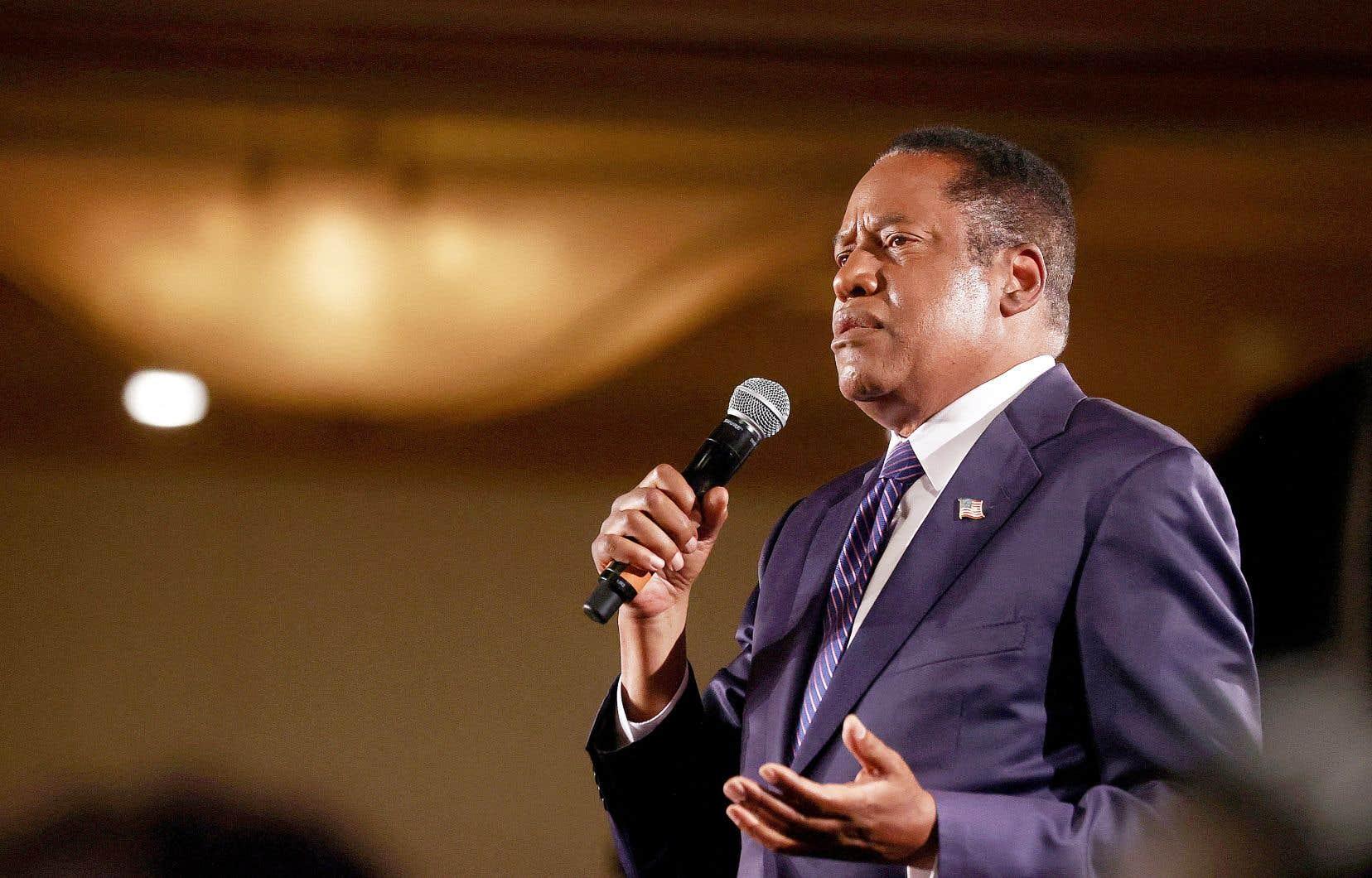 Le candidat républicain Larry Elder contestait l'élection du gouverneur Gavin Newsom lors de sa soirée électorale lundi, à la veille du référendum de révocation en Californie. Le scrutin a toutefois joué en faveur des démocrates, permettant au gouverneur de rester en poste.