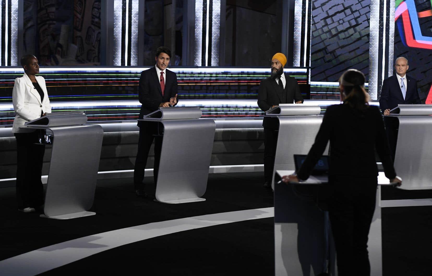 La modératrice du débat était Shachi Kurl, une ancienne journaliste devenue présidente de la firme de sondages Angus Reid.